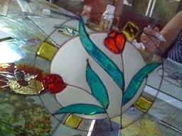 Los vitrales con formas curvas mejoran la energía.