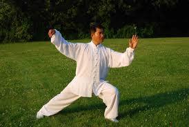 El ejercicio diario de Tai Chi tiene muchos beneficios.