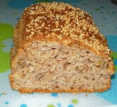 Prueba con hacer pan integral en casa.