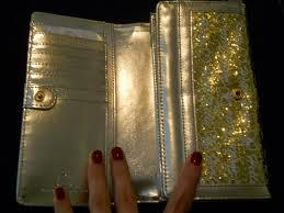 billetera dorada